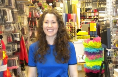 Etoile Costume & Party Center - Tarzana, CA