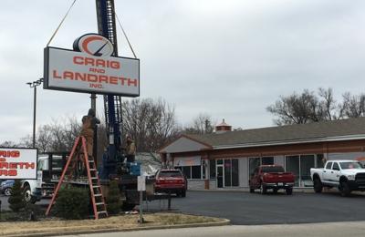 Craig And Landreth Cars >> Craig And Landreth Cars 4217 Shelbyville Rd Louisville Ky 40207