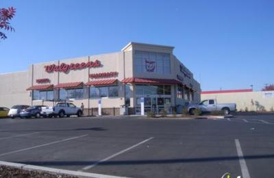 Walgreens - Fresno, CA