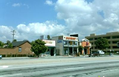 District Skateboard Shop - Los Angeles, CA