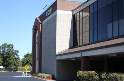 New Life Church (New Life Christian Center) 1370 S Novato Blvd