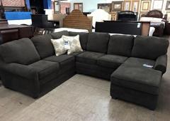 Dalton Auction Furniture Company   Dalton, GA