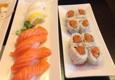 Crazy Rock'n Sushi - Los Angeles, CA. Spicy tuna roll (right)