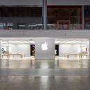 Apple Fashion Show