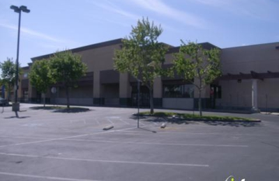 24 Hour Fitness - Lancaster, CA