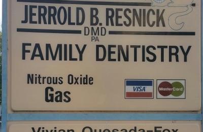 Drs Resnick & Quesada - Fox Family Dental - Saint Petersburg, FL