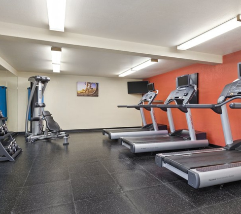 Country Inns & Suites - Sunnyvale, CA