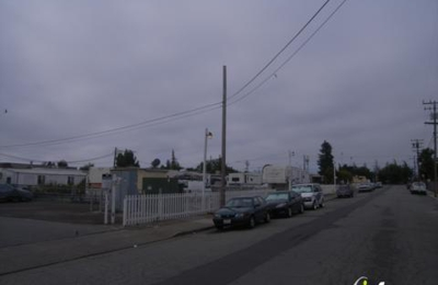 Sequoia Trailer Park - Redwood City, CA