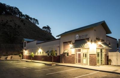 Tails of Terra Linda Pet Resort - San Rafael, CA