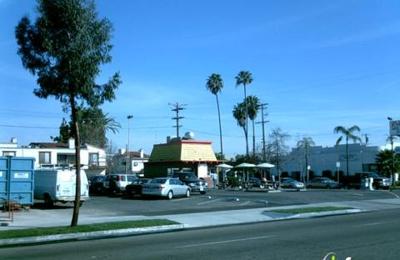 Roberto's Taco Shop - San Diego, CA