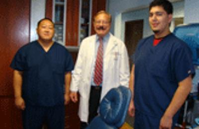 Dr Molar Family Dentistry - Milwaukee, WI
