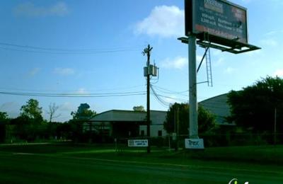 Rob Cary Pet Resort - San Antonio, TX