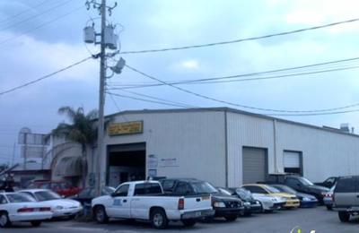 Scott's Automotive - Brandon, FL