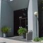 B Dlan Enterprises