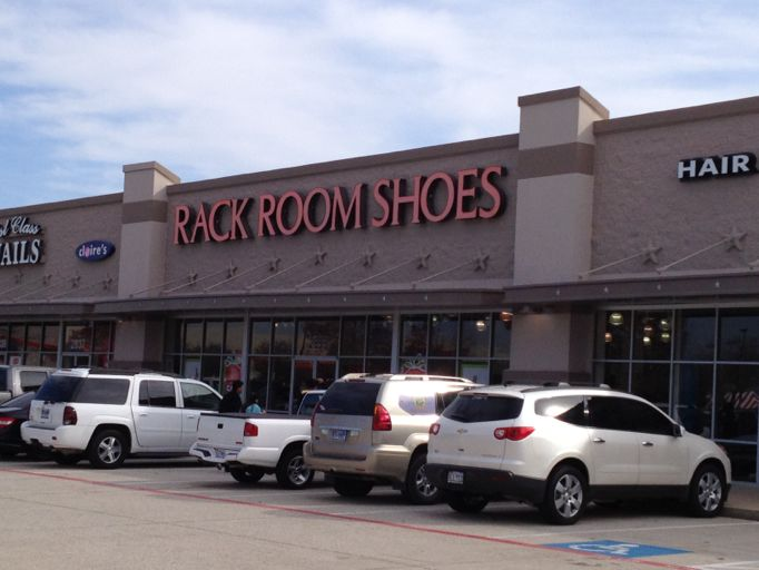 b77c767cbef Rack Room Shoes 2833 Market Center Dr