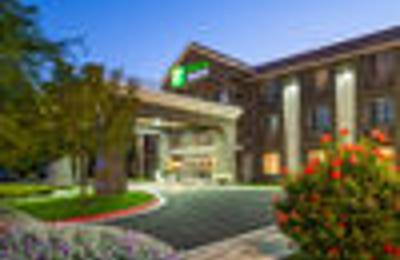 Holiday Inn Express Lancaster - Lancaster, CA