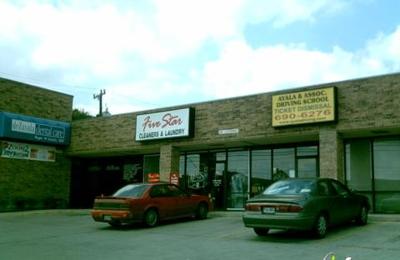 Roger W Schultz DDS - San Antonio, TX