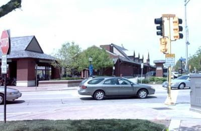 Metra - Arlington Heights, IL