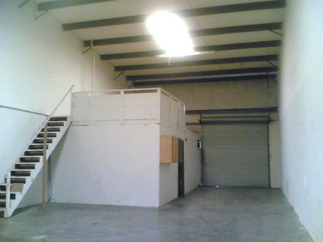 The Mackin Commerce Center Warehouse Leasing 2320 Clark St