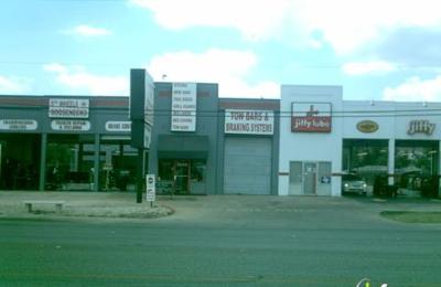 Texas Hitch & Truck Center - San Antonio, TX