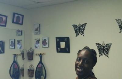 Beautiful Braids Boutique - Conyers, GA. Nicole (Braider)