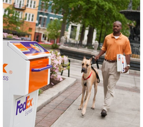 FedEx Ship Center - Needham Heights, MA