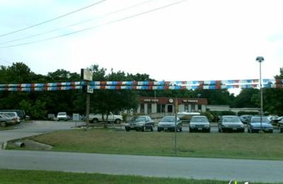 McLamore's Auto Mart - San Marcos, TX