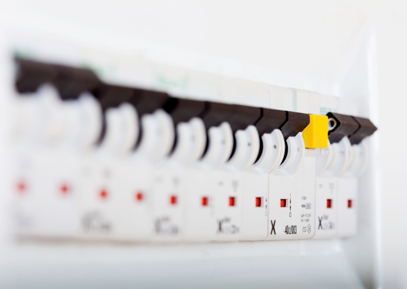 7356c1d8f116333583d4de10d3d0c5871a134166 make sense of the fuse box in your home yellowpages com homeowners insurance fuse box at alyssarenee.co