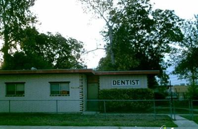 Stockwell Cynthia Dds - San Antonio, TX