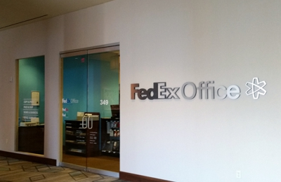 FedEx Office Print & Ship Center - San Antonio, TX