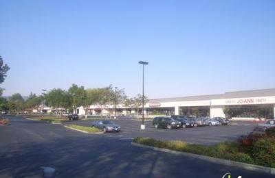 Foot Locker - Redwood City, CA