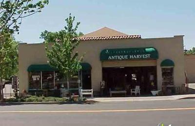 Antique Harvest - Healdsburg, CA