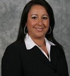 Farmers Insurance - Miroslava Hernandez - Bakersfield, CA