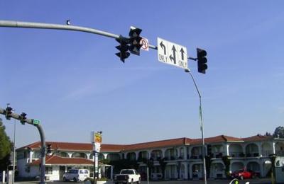 Casa Blanca Motel - Hayward, CA