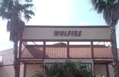 Wolfie's Restaurant and Sports Bar - Spring, TX