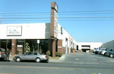 Vince's Automotive - Reseda, CA
