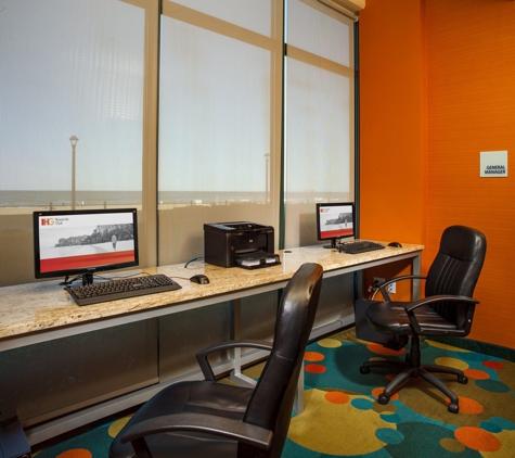 Holiday Inn Express & Suites VA Beach Oceanfront - Virginia Beach, VA