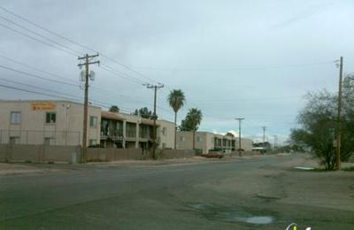 Desert Palms Apartments - Tucson, AZ