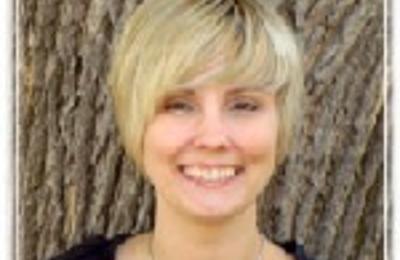 Lyndsey Fraser, LAMFT - Minneapolis, MN