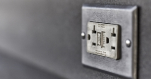 This power outage checklist will help you stay safe and calm during a power outage.