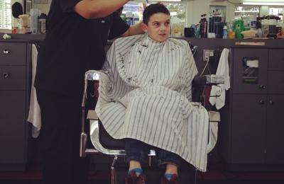 Vinny's Barber Shop - Los Angeles, CA. Thanks, Fausto!