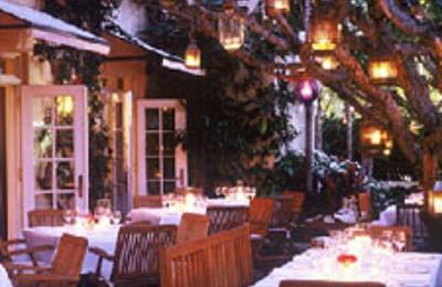 Casa Tua Restaurant - Miami Beach, FL
