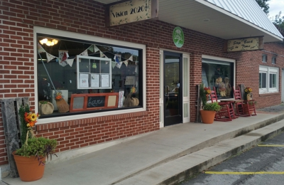 Step Back in Time Gift Shop & Vision 2020 Inc Office - Red Boiling Springs, TN. Step Back in Time Shop