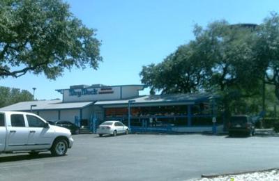 Dry Dock Oyster Bar - San Antonio, TX