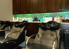 Hott Heads Salon - Fayetteville, NC
