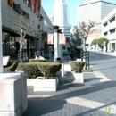 Weller Court Shopping Center