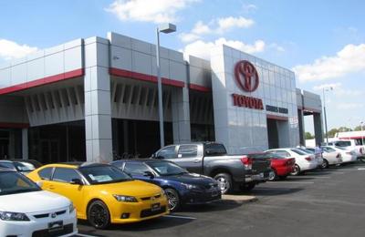 Charles Maund Toyota - Austin, TX
