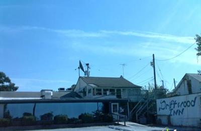 Driftwood Inn - Essex, MD