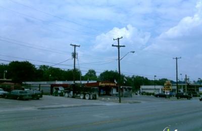Freaky Clean Express Car Wash - San Antonio, TX