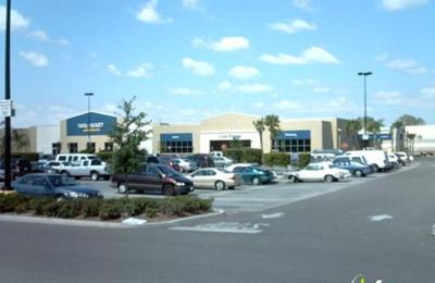 Walmart Supercenter - Tampa, FL